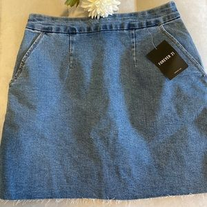 Forever 21 skirt 💕